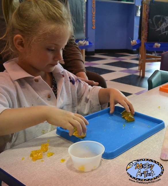 the messy artist gelatin sensory play
